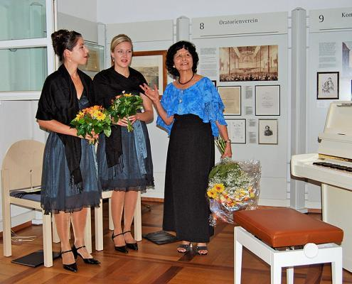 Kick-off event: 200 years of Schiedmayer (Ines Amanovic, Tanja Böhler, Imelda Asiaten)