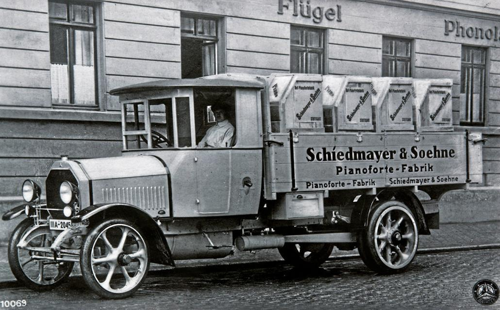 Postcard with Daimler Truck Schiedmayer